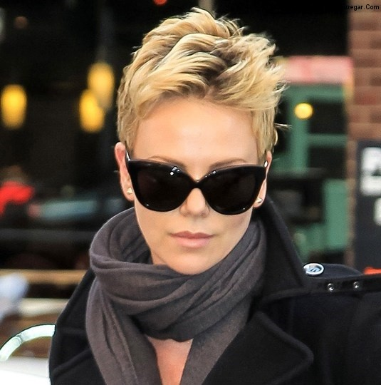 http://rouzegar.com/wp-content/uploads/2014/10/Most-Preffered-And-Classic-2013-Short-Hairstyle-Trends-For-Women-5.jpg