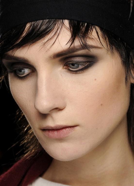 https://rouzegar.com/wp-content/uploads/2014/11/makeup_RouzeGar.Com_1.jpg