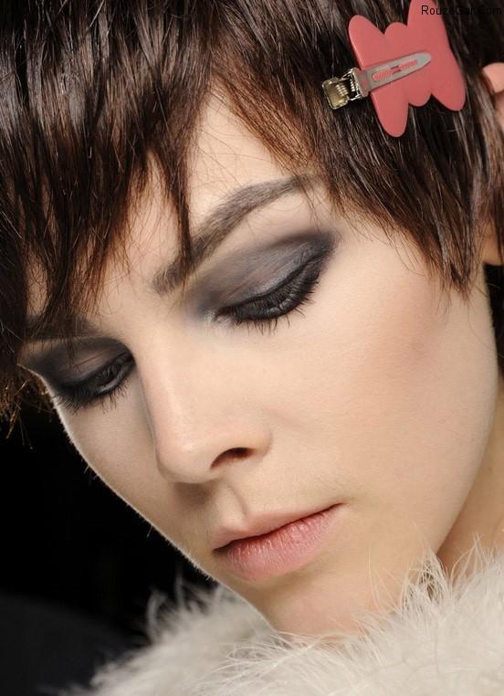 https://rouzegar.com/wp-content/uploads/2014/11/makeup_RouzeGar.Com_2.jpg