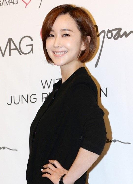 https://rouzegar.com/wp-content/uploads/2015/02/kim_min_seo_Rouzegar.com_8.jpg