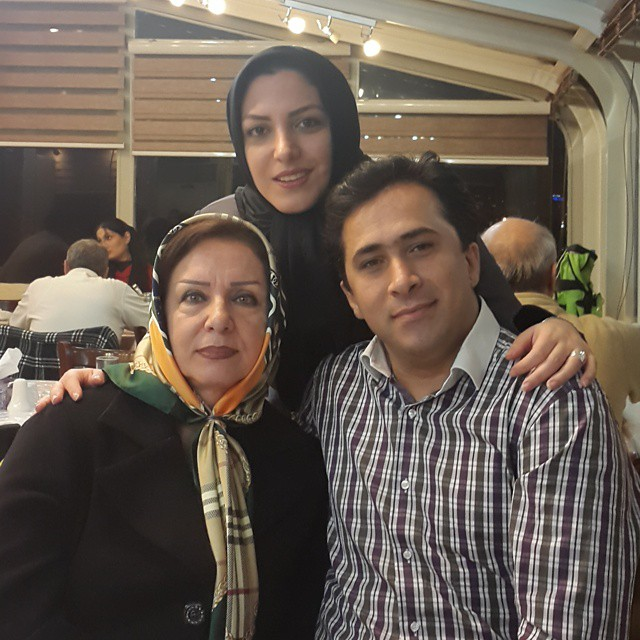 https://rouzegar.com/wp-content/uploads/2015/02/sharifimoghadam_Rouzegar.com_10.jpg