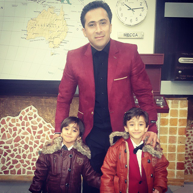 https://rouzegar.com/wp-content/uploads/2015/02/sharifimoghadam_Rouzegar.com_4.jpg