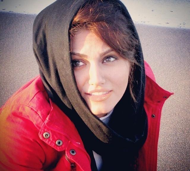 بیوگرافی و عکس های جدید تینا اسدی بازیگر سریال در حاشیه