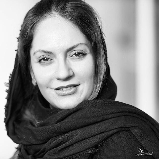 https://rouzegar.com/wp-content/uploads/2015/07/mahnaz_afshar_Rouzegar.com_4.jpg