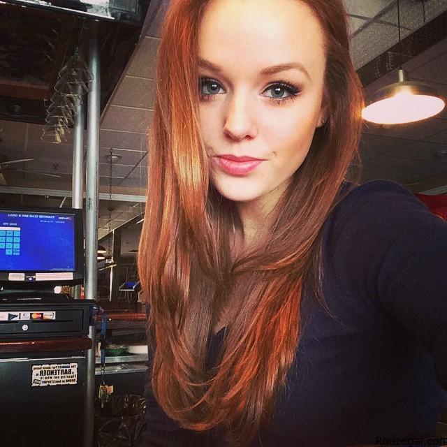 Avril Lavigne_Rouzergar (1)