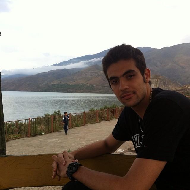 https://rouzegar.com/wp-content/uploads/2015/08/saman_faezi_Rouzegar.com_19.jpg