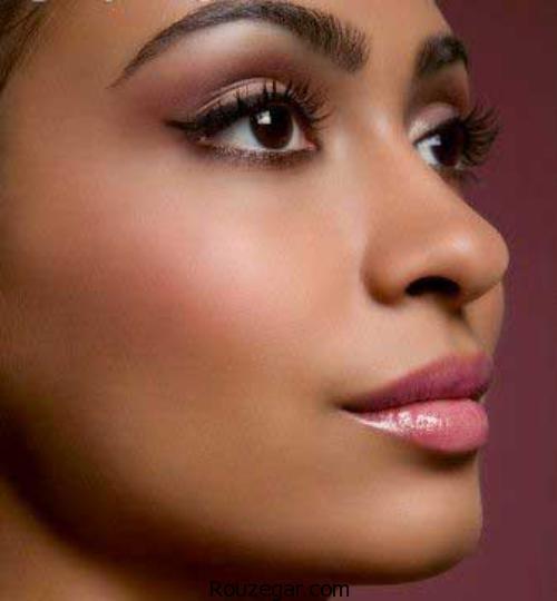 چند تکنیک آرایشی مخصوص پوست های برنزه + تصاویر،رژ لب مناسب پوست سبزه،بهترین رنگ لباس برای پوست سبزه،رنگ مو برای پوست های سبزه،آرایش پوست گندمی،آرایش عروس سبزه،چه رنگ رژلبی به پوست سبزه میاد،آرایش صورت با پوست گندمی و چشم مشکی،تفاوت رنگ پوست گندمی و سبزه