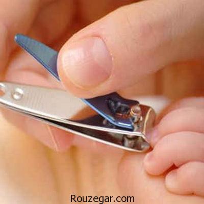 کوتاه کردن ناخن کودک