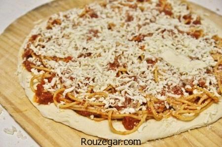 پیتزای ماکارونی,طرز تهیه پیتزای ماکارونی با قارچ,آموزش پیتزای ماکارونی با سبزیجات