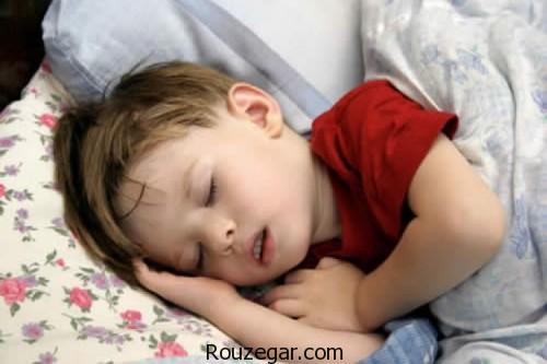 """علت عرق کردن در خواب,""""دلایل تعریق شبانه در خواب"""",علت عرق کردن زیاد شبانه,عرق کردن سر کودک در خواب,علت عرق سرد در خواب,علت عرق کردن سر,علت عرق کردن کودکان درخواب چیست,علت عرق سرد پیشانی,علت عرق کردن صورت"""