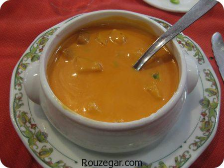سوپ هویج,سوپ هویج و مرغ,سوپ هویج و سیب زمینی,سوپ هویج و قارچ,سوپ هویج و زنجبیل,سوپ هویج خوشمزه,سوپ هویج و جعفری,سوپ هویج و جو,سوپ هویج ساده,