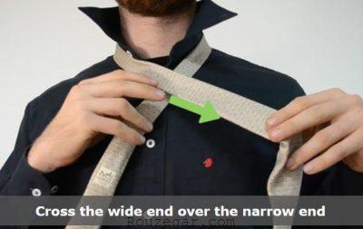 آموزش بستن کراوات,بستن کراوات,بستن کراوات دو گره,بستن کراوات ساده,بستن کراوات باریک,بستن کراوات سه گره,نحوه بستن کراوات