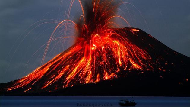 کوه کراکاتوآ (Krakatau volcano)
