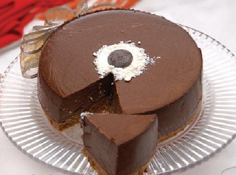 طرز تهیه دسر شکلاتی ساده و خوشمزه