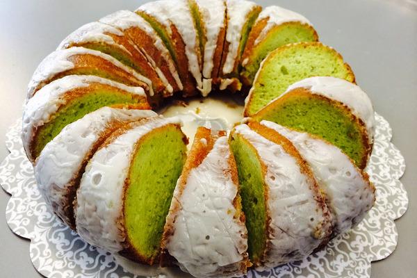 طرز پخت کیک پسته ای