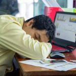 چگونه بعد از ناهار احساس خواب آلودگی نکنیم؟