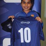 پیوستن یک دختر به تیم فوتبال پسرانه + عکس