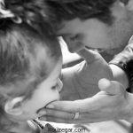 تفریح شاهرخ استخری با دخترش در پارک + عکس