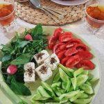 نان و پنیر و سبزی مجلسی + آموزش طرز تهیه نان و پنیر سبزی با نان خانگی
