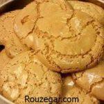 طرز تهیه شیرینی گردویی پفکی و راز خوشمزه شدن شیرینی گردویی بازاری