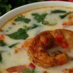 سوپ میگو و قارچ خوش طعم و آموزش طرز تهیه سوپ میگو خانگی