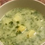 طرز تهیه سوپ اسفناج با شیر یا خامه